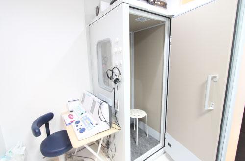 聴力検査器・聴力検査室